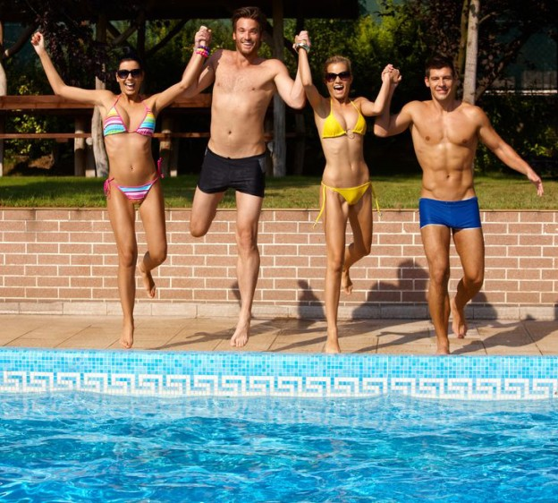 8 Reasons Why You Should Warm Your Pool